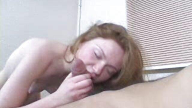 लड़की हस्तमैथुन एक आदमी बचाव । हिंदी सेक्सी वीडियो फुल मूवी एचडी