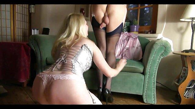 बड़े स्तन सेक्स
